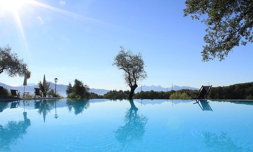 Agriturismo Ca' del Bosco - Sotto il cielo blu della Toscana