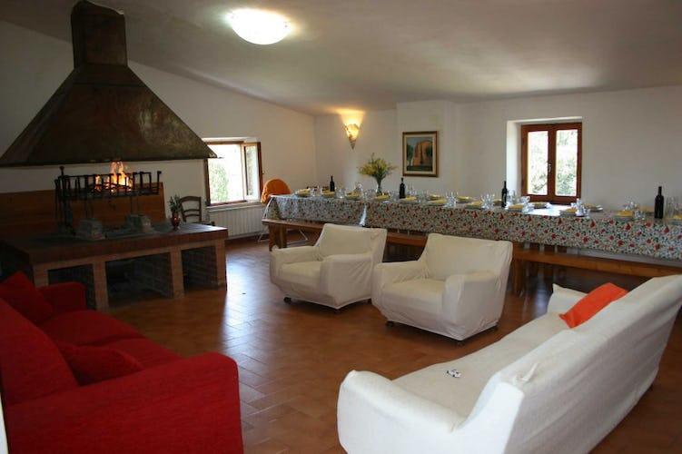 Vi è una sala comune per feste, attività di gruppo e ricevimenti
