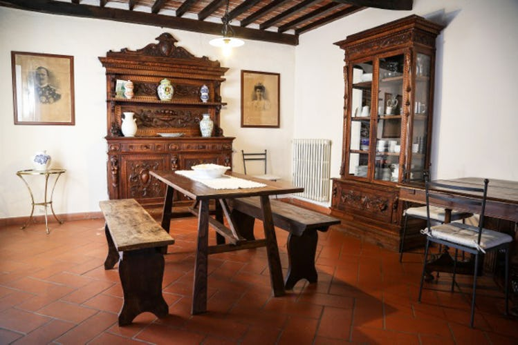 The typical tuscan decor of the apartments