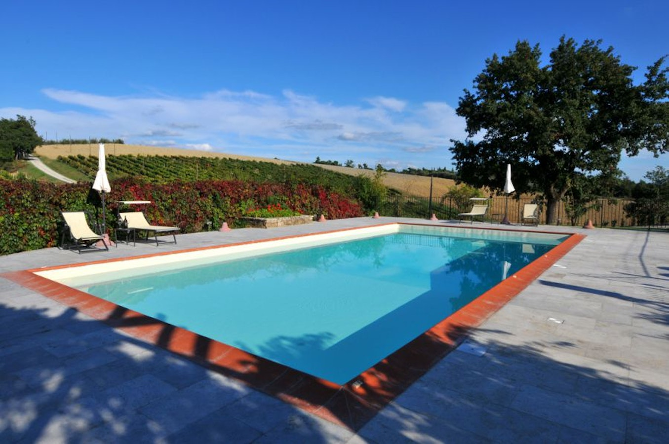 San Gimignano Hotels With Pool