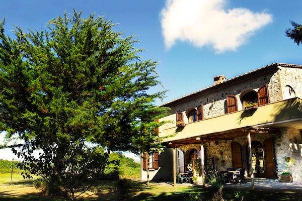 Agriturismo Le Selvole - Tuscan Facade