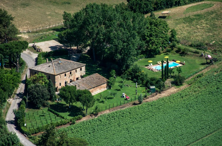 Agriturismo San Fabiano family-run farm, olive grove & vacation accommodations