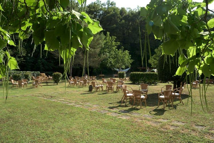 Agriturismo Valleverde: tra giardini, oliveti e vigneti, lo spazio esterno per eventi e party non manca