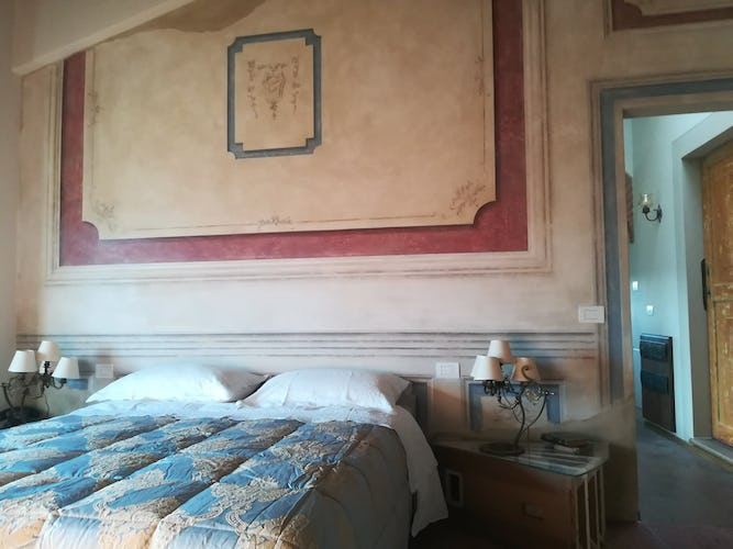 Agriturismo Vicolabate: luminous bedrooms with Chianti views from all windows