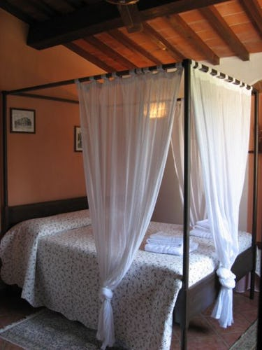 Romantic Accommodation Villani Farmhouse Tuscany