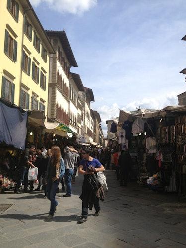 Alain DesignApartmentFlorence - The famous market of San Lorenzo