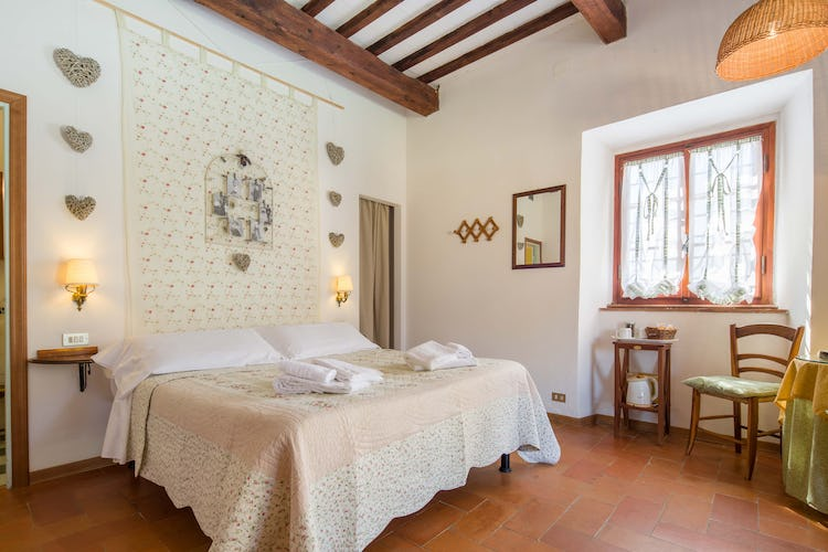 Ancora del Chianti B&B: Comfortable and cozy bedroom decor