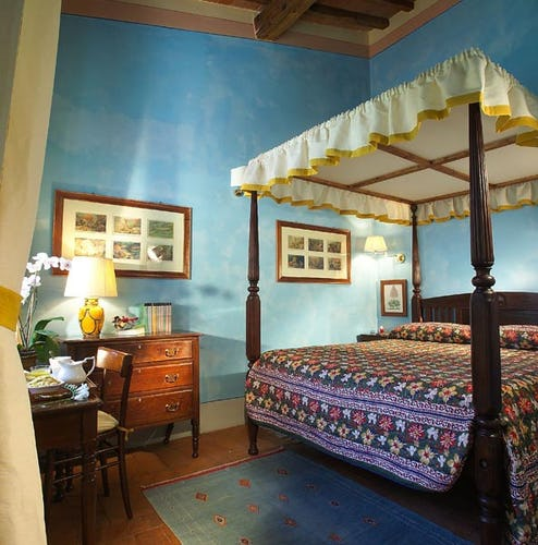 b&b rooms in historical palace in florence
