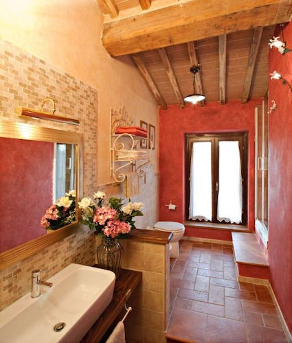 Bathroom apartment La Roccaia