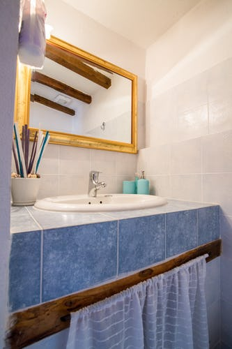 ART REBUS Tower historic vacation rental features two full bathrooms with shower