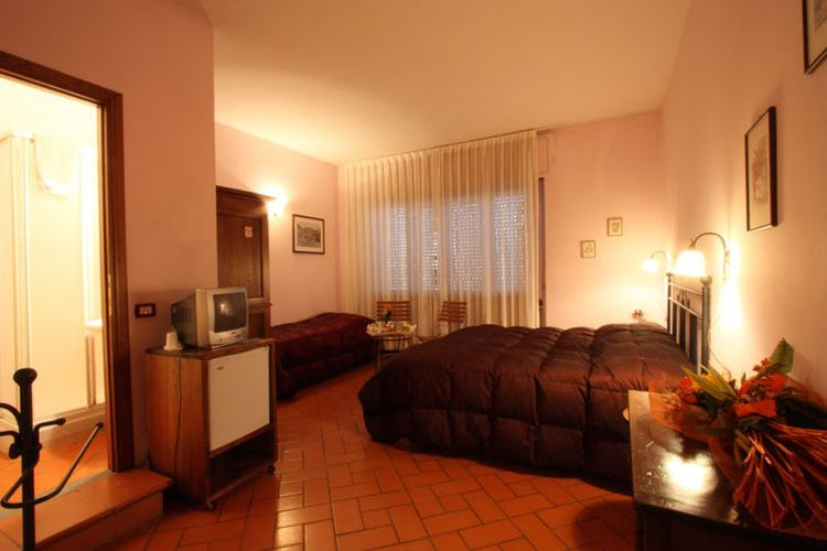 ampia-camera-bed-and-breakfast-firenze