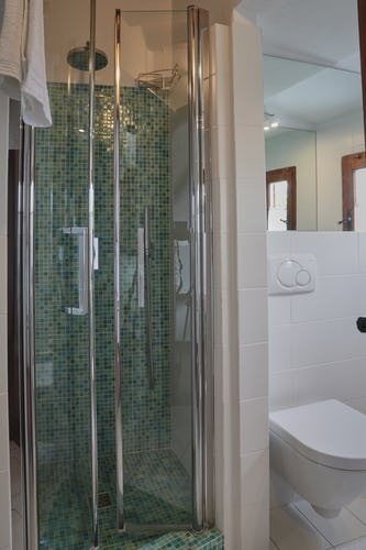 B&B del Giglio: Bathroom with a shower