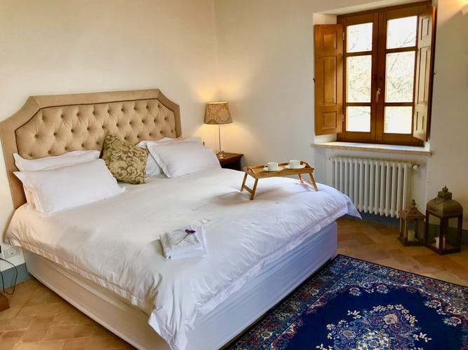 BelSentiero Estate & Country House: la comodità di un letto extra large