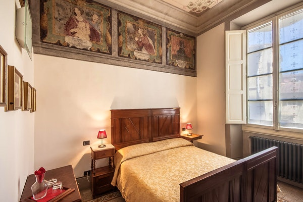 Casa Rovai B&B and Guest House - Located in the center of Florence Italy