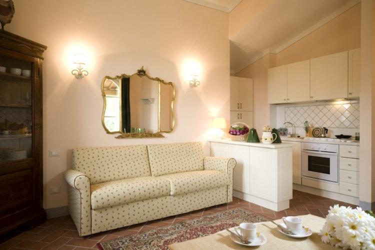 Borgo Della Meliana Tuscany Apartments In Gambassi Terme