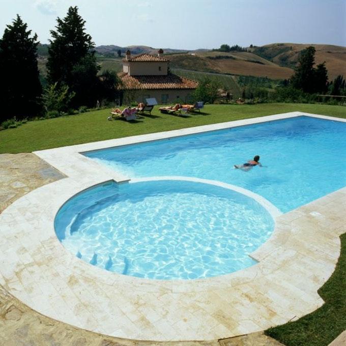 Borgo della meliana gambassi terme appartamenti vicino san for Piantina della piscina