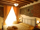 Near Pistoia Farmhouse Apartments Borgo di Isora