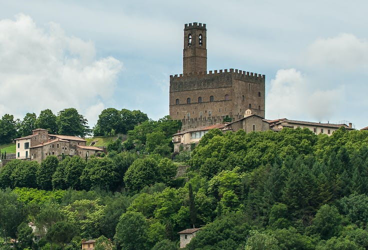 Borgo La Casa, vacation villa rental, visit of the Castello di Poppi
