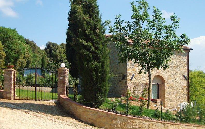 Casa Podere Monti - Within Walking distance of Casole d'Elsa