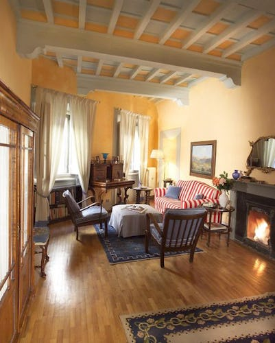 Best Apartment Review Site: Casa Tornabuoni, A Luxurious Apartment In The Historical