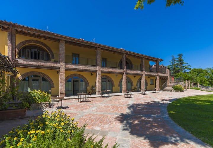 Casa Vacanze Le Fornaci: edificio dal fascino architettonico d'altri tempi