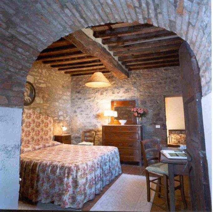 Castello di montozzi pergine valdarno appartamenti in - Letto a castello in inglese ...