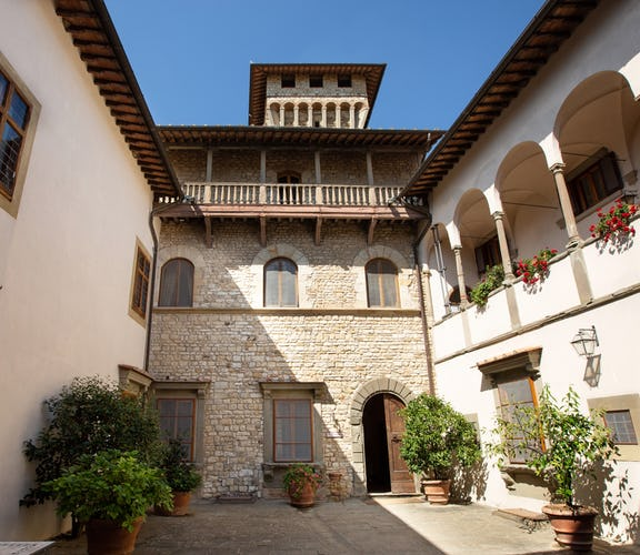 Castello Vicchiomaggio :: A memorable Tuscany vacation