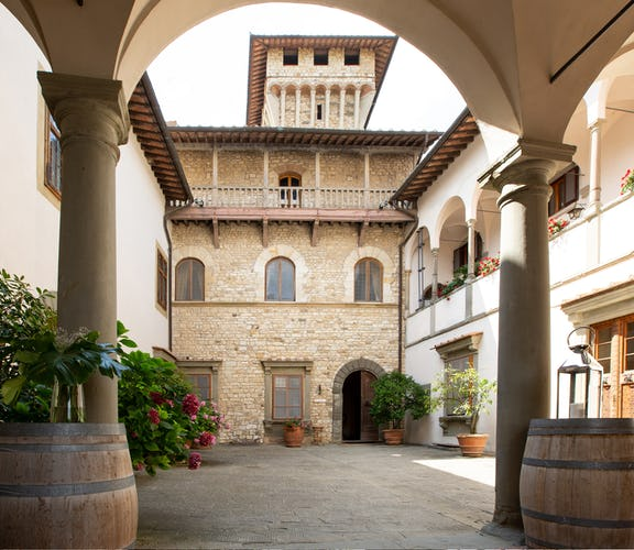 Castello Vicchiomaggio :: A wonderful setting for a destination wedding