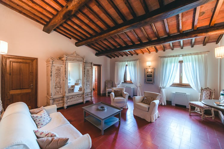 Castello Vicchiomaggio :: Comfortable accommodations for families and friends