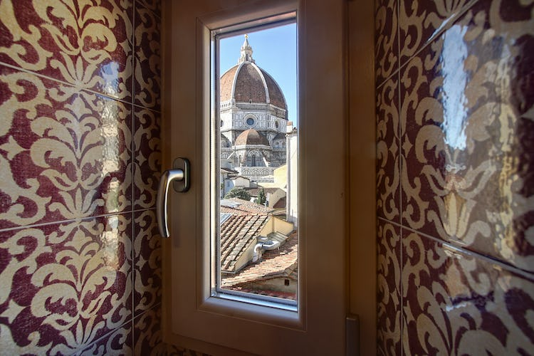 Cupido Vacation Rental Apartment in Florence, Italy: Even a bathroom with a view