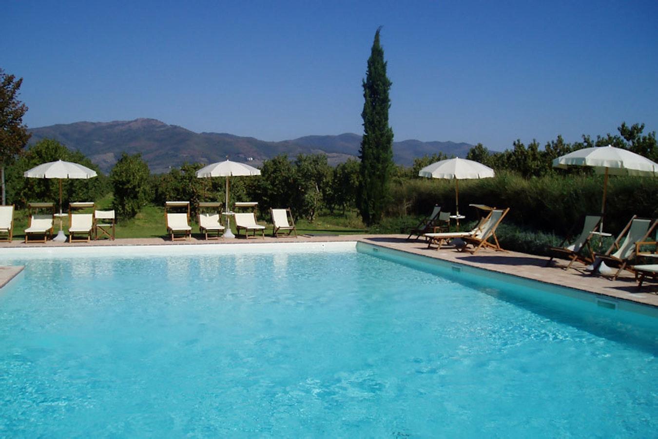 Foresteria i giardini di fontarronco appartamenti in - Hotel il giardino siena ...