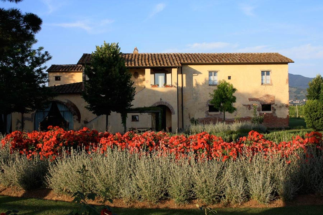 Foresteria i giardini di fontarronco apartments in for Il giardini