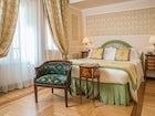 Hotel Bernini Palace - Classic Room, dallo stile semplice e distinto