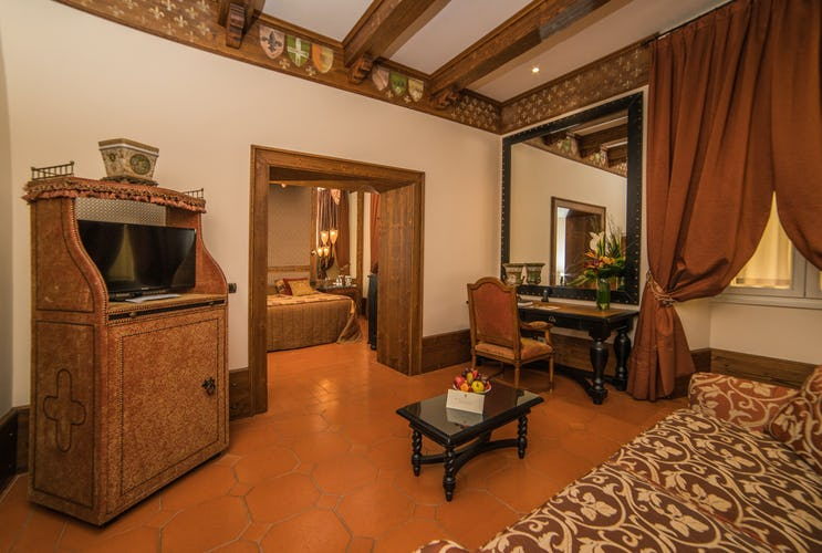 Hotel Bernini Palace - Jr. Suite on the Tuscan Floor