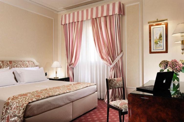 Le camere Classiche offrono ambienti molto luminosi ed accoglienti
