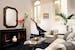 Il soggiorno della Suite Da Vinci, lusso ed eleganza allo stato puro