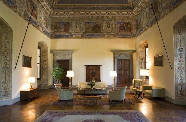 Hotel Torre di Bellosguardo - original artwork, antiques and frescos