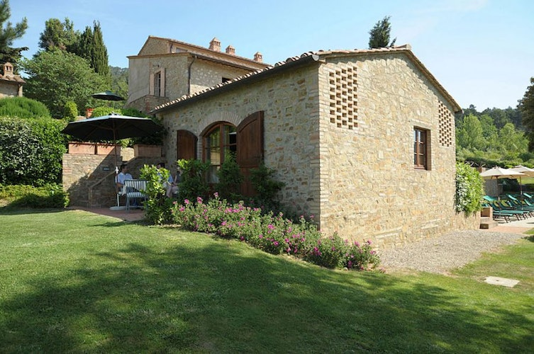 Self catering apartments at Il Defizio with private garden