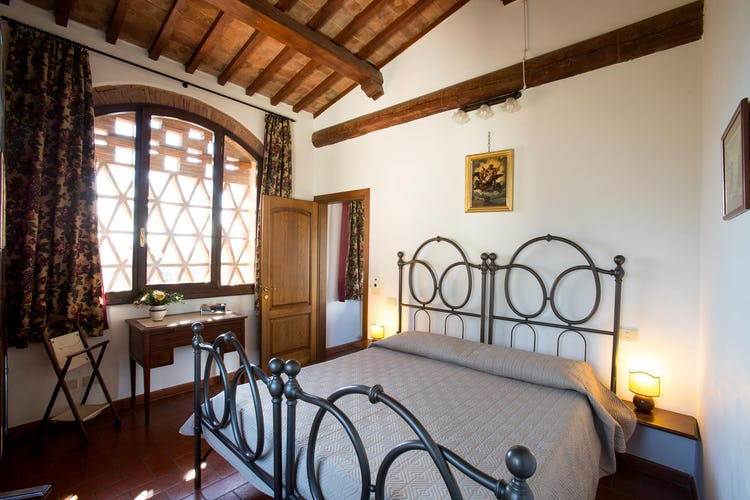 La Canigiana Chianti Vacation Rental with a classical Tuscan decor