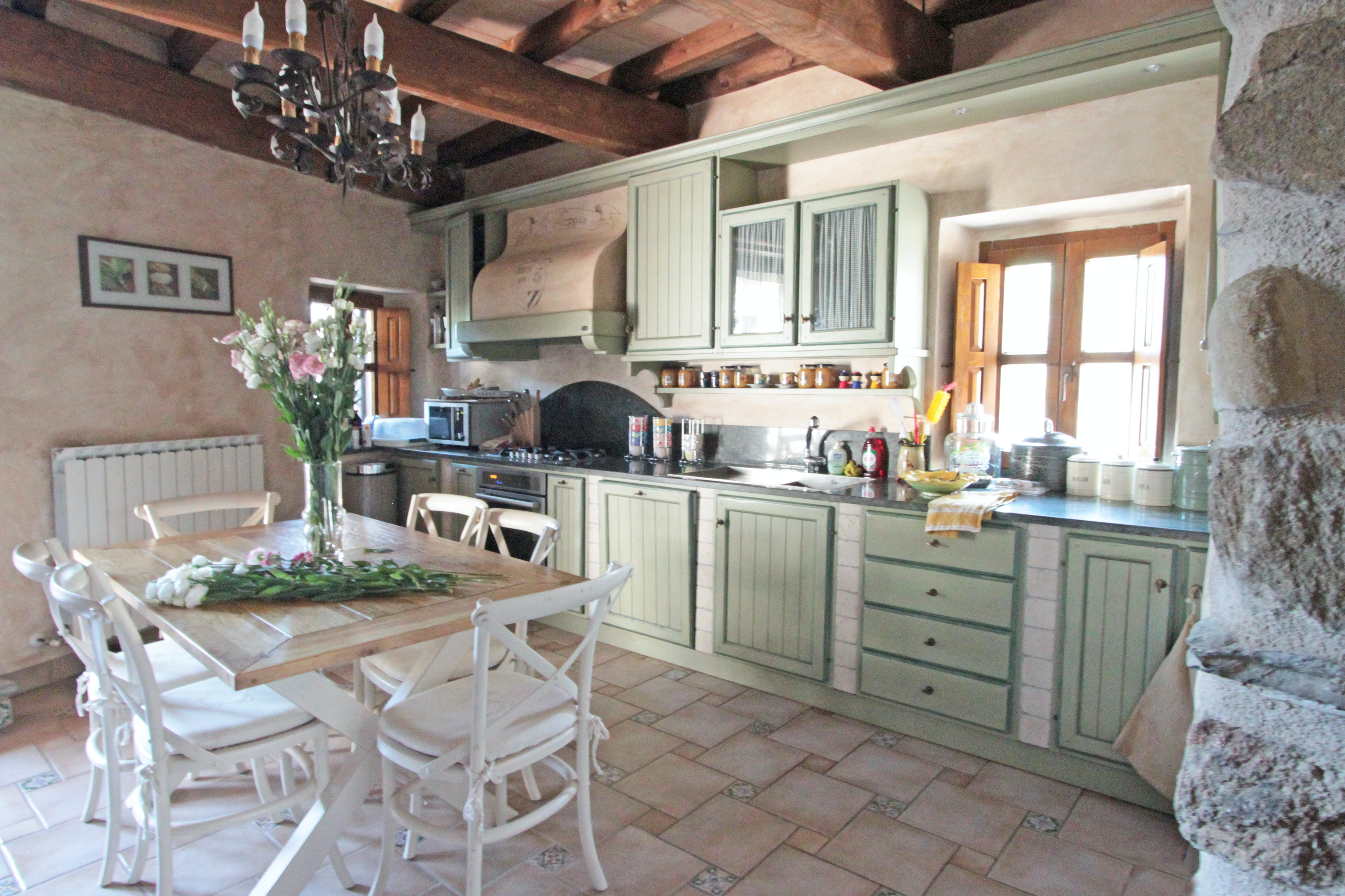How to warm the ceiling and the loggia of a private house