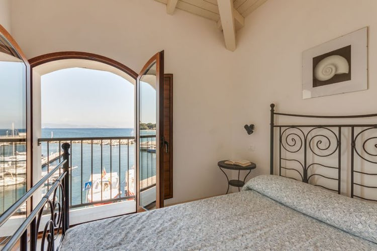 One bedroom apartments with portside view of Cavo on Elba Island