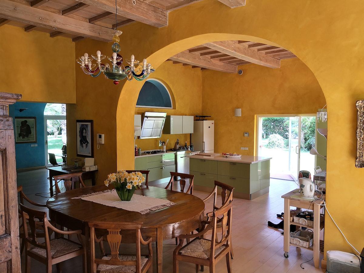 La villa con gli archi villa di prestigio vicino alla costa per 12 persone - Archi in cucina ...