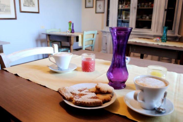 Colazione con specialità toscane fatte in casa