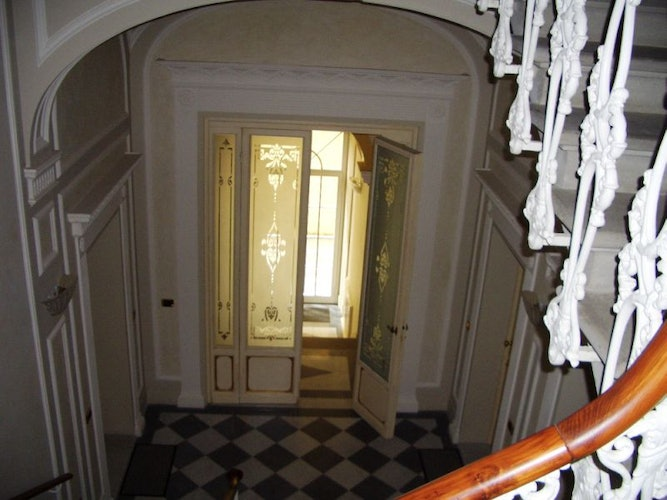 Elegant details of the entrance in classic style