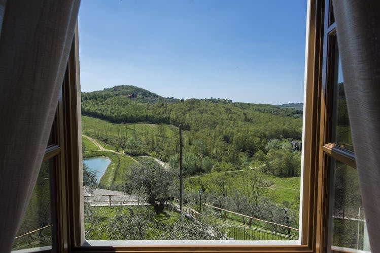 Olmofiorito Agriturismo: a holiday room with a view