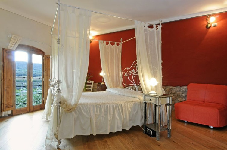 There are two B&B Suites with extra space at Palagetto di Sotto