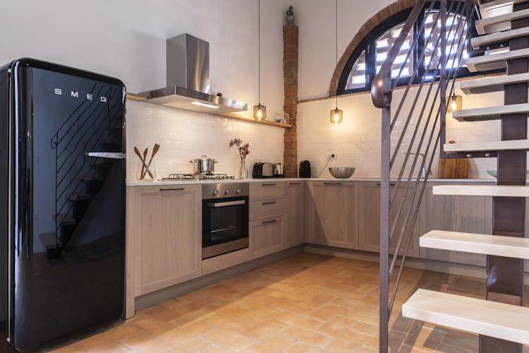 La cucina dell'appartamento Capanne, moderna nel design e super accessoriata