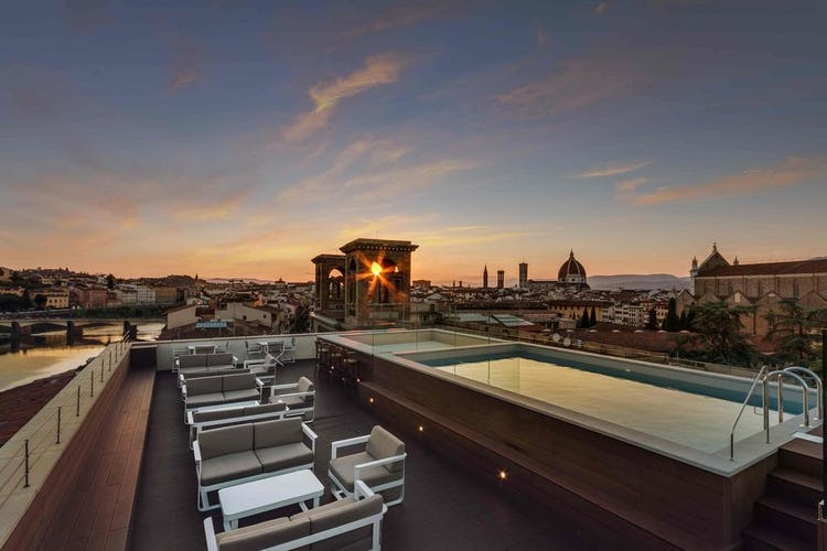 Plaza Hotel Lucchesi - great sunset views