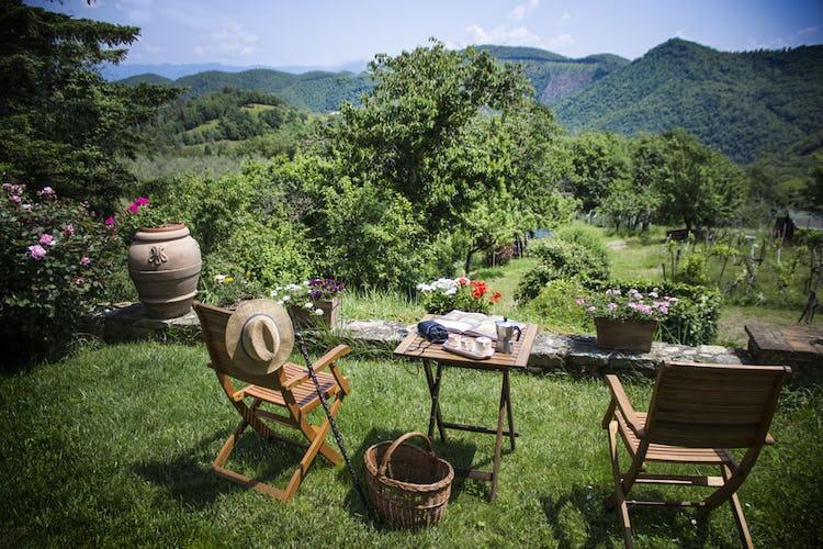La colazione può essere servita anche fuori in giardino