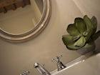 Ogni camera matrimoniale ha il proprio bagno privato